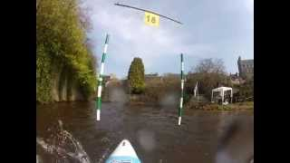preview picture of video 'Sélectif régional canoe-kayak de Guingamp (mars 2013)'