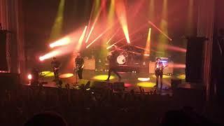 BEARTOOTH - Beaten in Lips live @ Mtelus, Montréal (Sept 16, 2018)