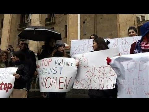 Сотни активистов протестовали в Тбилиси против домашнего насилия (новости) http://9kommentariev.ru/