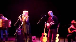 Eddi Reader - The Moon Is Mine (Manchester 2012)