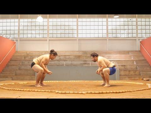Sumô e bar: conheça a história dos irmãos que se dividem entre o esporte e o boteco da família