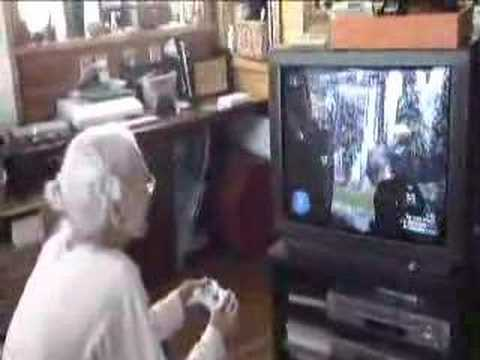 95 Yr. Old Japanese Grandma Playing Halo 3