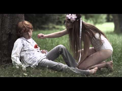Barbora Mochowa - Barbora Mochowa - Rise and Shine (Official Video)