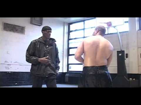 52 Blocks Prison Fighting System.flv - YouTube