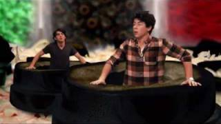 Pizza Girl - Jonas Brothers HD