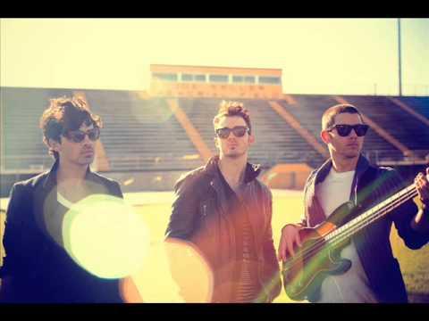Jonas Brothers - Pom Poms (Instrumental version)