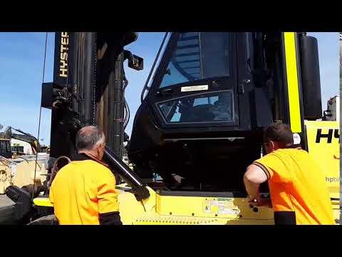 Hyster 10 ton Boys lifting Cab