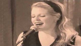 Dixie Chicks: Voice Inside My Head (Video)