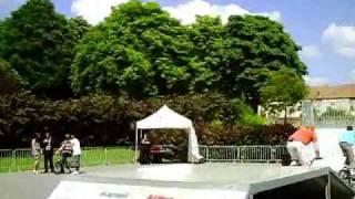 preview picture of video 'BIKE AU ROLLER-SKATE-PARC DE ROISSY EN BRIE'