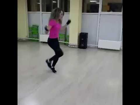 shuffle после трени / учусь танцевать shuffledance   Леша Свик - #неодета