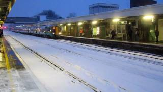 preview picture of video 'Redhill in the snow in January 2010'