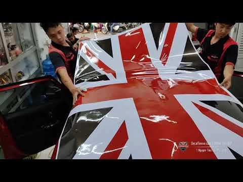 Mini Cooper dán nóc hình cờ Anh