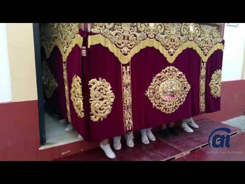El paso de la Divina Pastora ya está en la iglesia para la procesión