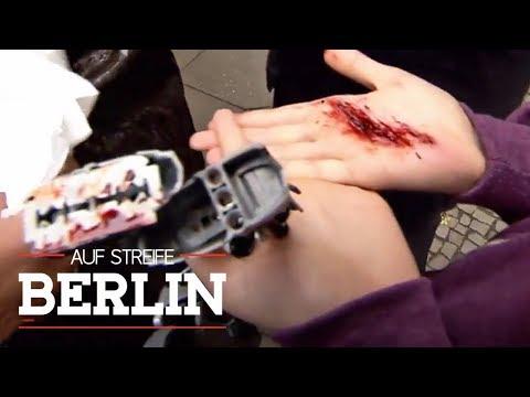 Rasierklinge unter Spielzeugfigur: Wer ist der Kinderhasser? | Auf Streife - Berlin | SAT.1 TV