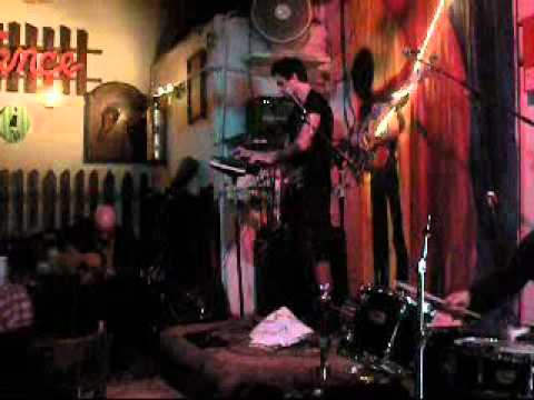 Hex live at Vomit Cabaret 5/29/11 -short clip.