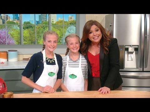 Video 12-Year-Old Twins 'Two Peas in a Pod' Recipes