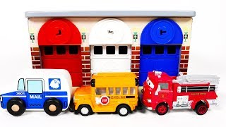 School Bus Fire Truck Mail Truck Garage Parking Playset for Kids Learn Colors for Children