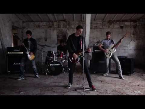 Pandora - PANDORA - Pravda a lož (Oficiálny videoklip 2013)