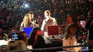 Виктория Джастис, Victoria Justice Interview - KISS FM's Jingle Ball 2010