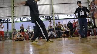 B BOY GUINA ROOTS FAVELA // BRASIL
