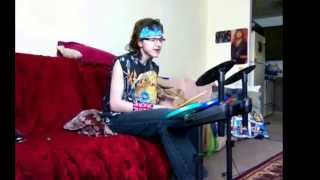 """Covering """"Torn To Shreds"""" by Def Leppard"""