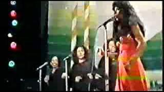 Donna Summer - Love's unkind 1977
