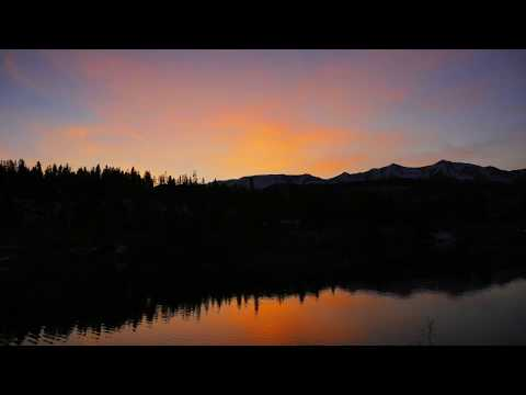 4K TIME LAPSE: Breckenridge Mountain and Pond Sunset