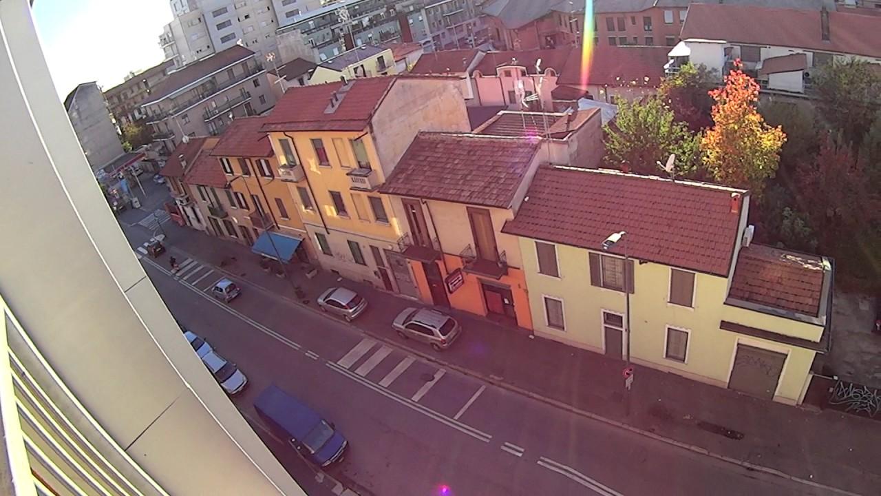 Stanze in affitto in un appartamento condiviso con 2 camere da letto con balcone a Crescenzago-Precotto