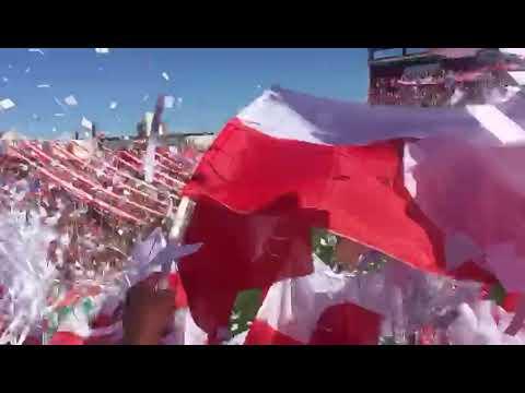 """""""La hinchada del TATE desborda de Alegría"""" Barra: La Barra de la Bomba • Club: Unión de Santa Fe"""