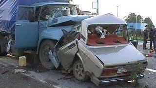 #10 Ужасные аварии лоб в лоб ДТП ! Crash head-on 2015 !