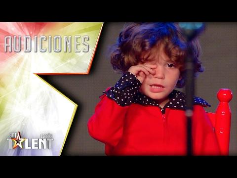 Små, spanske senoritas sjarmerer dommerne i senk