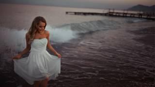 Sen Geçerken Sahilden Sessizce Gemiler Kalkar Yüreğimden Gizlice