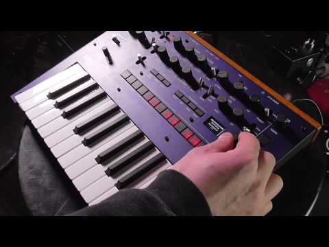 Korg monologue FIRST LOOK. New Analog Mono Synth.