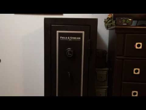 Field & Stream 10 Gun Safe