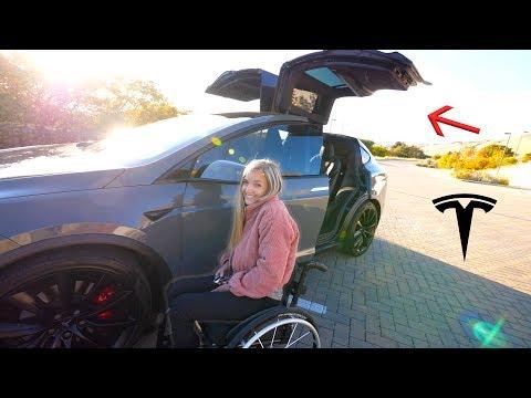 Je Tesla vhodná i pro lidi na vozíku?