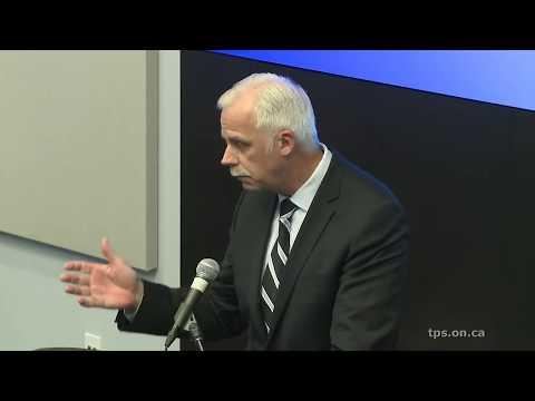 La conférence de presse de la police de Toronto en direct