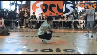 preview picture of video 'Break Dance Battle ALMATY B-BOY SESSION 2009 (A.B.S.) - 1x1'