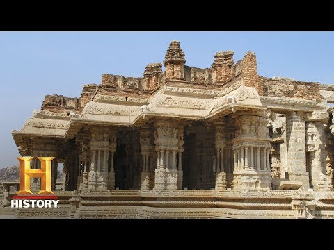 This Indian Temple's Pillars Produce Amazing Soundscapes