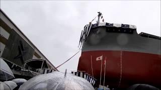 常石造船進水式