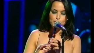 Gambar cover Ohh La La - Rod Stewart feat the Corrs (30 May 1998)