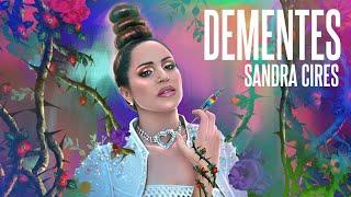 Dementes, VideoClip Musical Oficial de Sandra Cires grabado en la Habana, Cuba.  Agradecimiento especial a Too Faced ♥  #Dementes #SandraCires #TooFacedPartner  Suscríbete! → http://bit.ly/2Cv018y  Follow Me / Sígueme en:  INSTAGRAM: http://instagram.com/sandraciresart SPOTIFY: https://spoti.fi/2CB9bQD FACEBOOK: https://www.facebook.com/sandracires.art TIKTOK: https://tikitoks.com/@sandraciresart TWITTER: https://twitter.com/SandraCiresArt  Letra DEMENTES  Dime que tú no te irás Jura que te quedarás  Aunque pase lo que pase  Aunque no hagamos las pases    Adictos somos a la tempestad  Nos da lo mismo si está bien o mal En este juego de nosotros  Dependemos uno del otro    Yo se, que lo nuestro no es normal  Pero se siente genial No hay errores ni culpables en la cama Solo somos dos esclavos de las ganas.  Y yo tengo un vicio a los pecados de tu piel ... Y mi piel    Y hagamos lo que hagamos Siempre nos perdonamos Yo soy el pañuelo que seca tu llanto  Tú pones la mano si no me levanto    Y hagamos lo que hagamos  De todo nos burlamos  Solo sé que cuando estoy contigo Hasta de mí me olvido    Pero que rico se siente  ser una pareja diferente  siempre vamos contra la corriente  Aunque digan que somos dementes   Pero que rico se siente Tú mi psicólogo y yo tu paciente  Siempre vamos contra la corriente Aunque digan que somos dementes   Pero que rico se siente... eh eh eh eh   Pero que rico se siente... eh eh eh eh   Somos un baile en la Oscuridad  Somos dos locos en esta ciudad  Desnudando los sentidos  Desafiando lo prohibido   Si nos miramos todo nos da igual  Tengo tu aire para respirar  Aunque no entiendan lo nuestro Somos locos pero eternos   Yo se, que lo nuestro no es normal  Pero se siente genial No hay errores ni culpables en la cama Solo somos dos esclavos de las ganas.  Y yo tengo un vicio a los pecados de tu piel  Y mi piel    Y hagamos lo que hagamos Siempre nos perdonamos Yo soy el pañuelo que seca tu llanto  Tú pones la mano si no me levanto    Y hagamos 