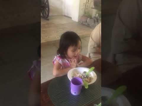 Preview video Preghiera prima del pranzo
