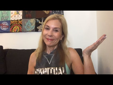 Epic Q & A - Ask A Cougar Anything (Learn about what older women want)