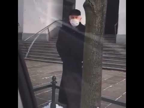 """Ksiądz nazywa WOŚP """"diabelską organizacją"""" i krzyczy do wolontariuszki """"Wara stąd""""🤦♂️"""