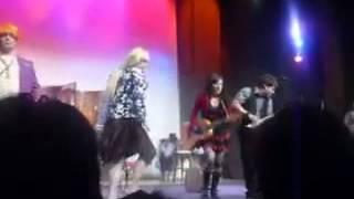 Солза и Смеа - Женски оркестар (Опа, опа)
