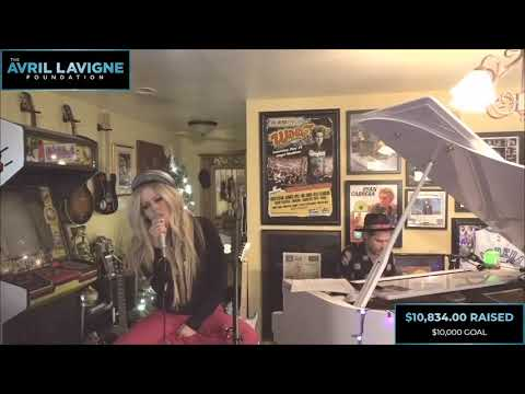 Avril Lavigne - Tell Me It's Over (Live at Ryan's Living Room for The Avril Lavigne Foundation