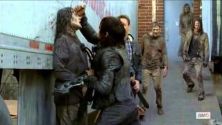 The Walking Dead 5x16 Daryl Dixon & Aaron Caught in a Trap