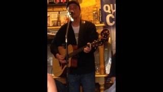 Chris Cummings-She's Got The Kind of Heart That Breaks