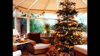 Rockin' Around the Christmas Tree - LeAnn Rimes