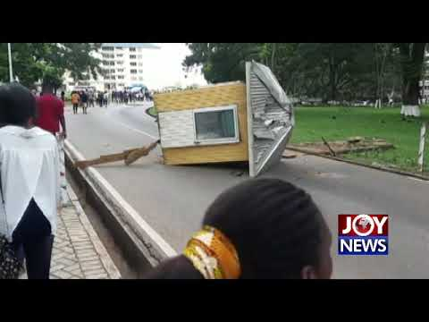 KNUST: Some protesters engage in violent destruction of University property. (22-10-18)